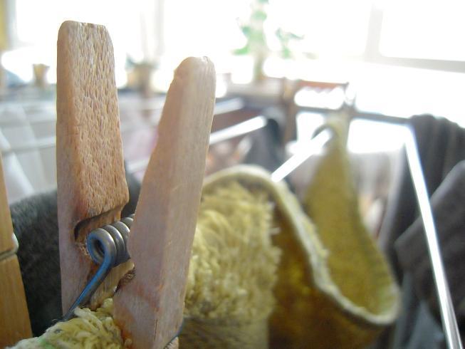 pinza ropa madera