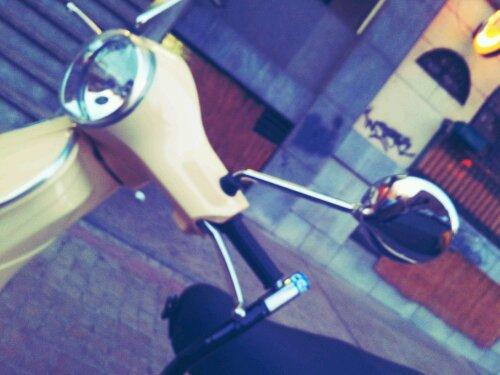 moto calle verano