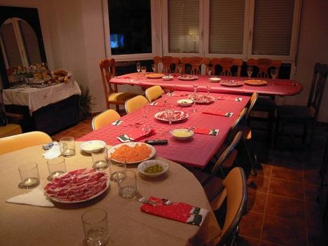 nochevieja en familia mesa para todos