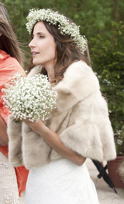 novia-con-chaqueta-piel_opt