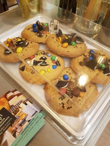 dough-cookies-crudas-madrid