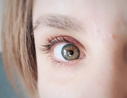 tratamiento-crece-pestañas-antes-y-despues-serum